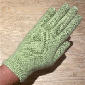 Cashmere Lime Green Gloves
